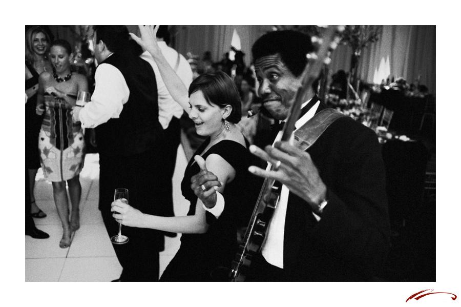 platinum-weddings-nicole-ryan-dance-floor