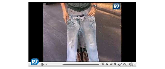 Noivo casa de calça jeans e botina após ter o terno roubado!