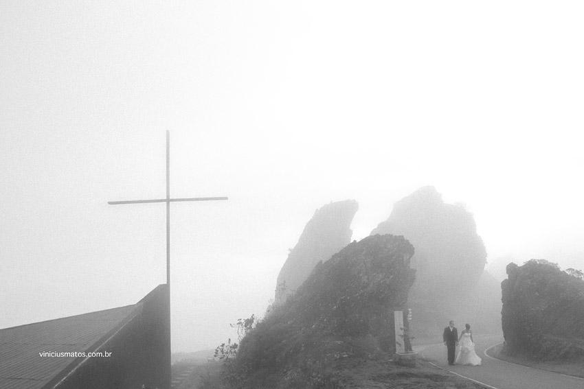 La Ciudad y la Neblina