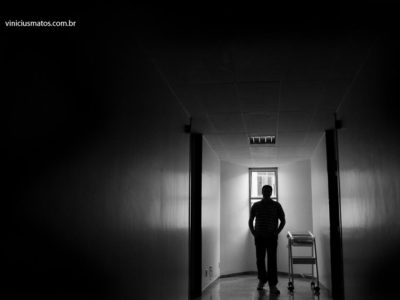 How to end the mafias of photography in private hospitals?