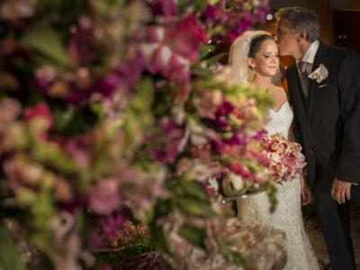 4 dicas para o pai da noiva ajudar no casamento
